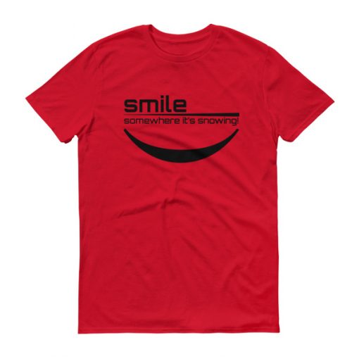 Smile Somewhere It's Snowing Men's T-Shirt Red